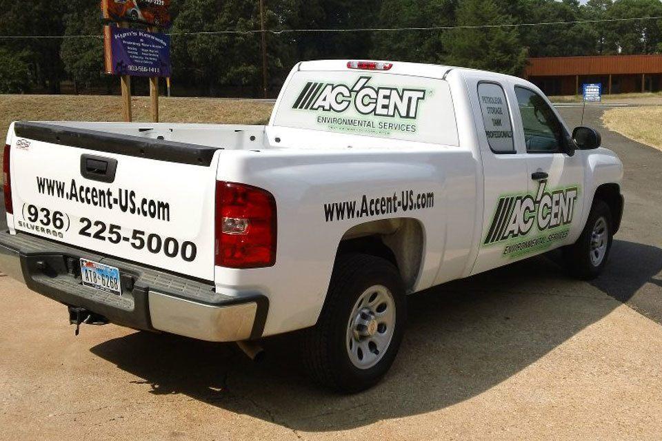 Accent Chevy Pickup White Par 3 Wraps