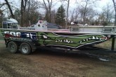 Gator Hunting Boat Graphics Wraps | Par 3 Wraps